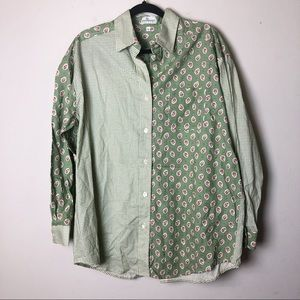 Vera Bradly Green Paisley Print Button Down